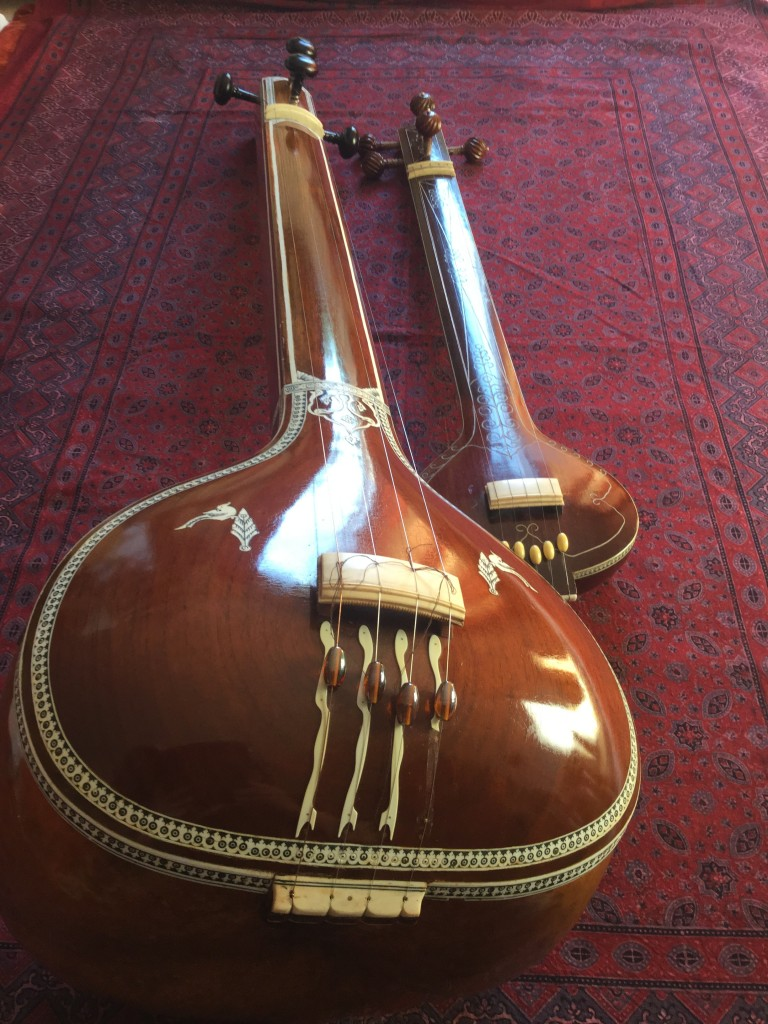 Tanpura  Indiaas muziekinstrument Jan van Beek Sitar Music